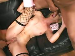 Double ass drilling for kelly wells