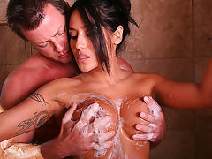 Jenaveve Jolie in Soapy Bounty Hunter Video