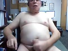 really sexy and horny grandpa cum on cam
