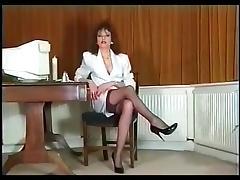 Sexy British slut LS.!!