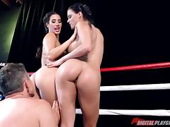 Two hypnotic boxers sharing the stiff pecker in the boxing ring