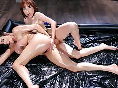 Adessa Winters & Ariella Ferrera in Oily Playtime - Brazzers
