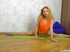 Sweet little Nara Abel is very flexible and likes to masturbate