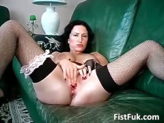 Horny big boobed slut fuck herself