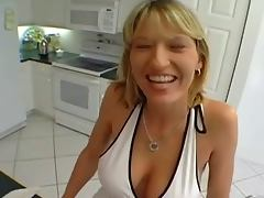 The Beautiful Housewife wants to do a Porn MILF