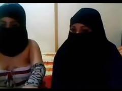 Arab lesbian babes