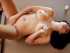Holly Michaels - Here To Play