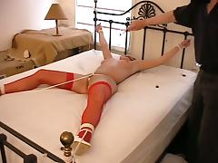 Spreader bar perfectly fits in between Trina's legs