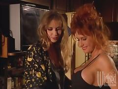 Bunny Bleu and Juli Ashton show their pussy-eating skills to each other
