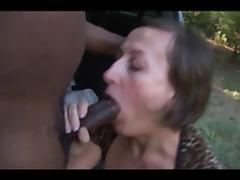 Amateur MILF with huge melons does IR in the backseat