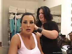 Curvy Models Backstage for Genie Production Photoshoot