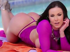 Stunning Kendra Lust Masturbates Before Going Hardcore