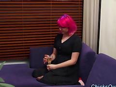 Amateur emo bitch rubs her girlfriends feet